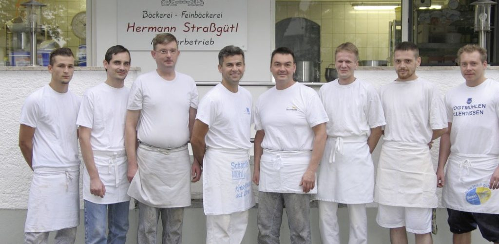 Fleißiges Back-Team